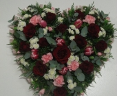 Open Heart Design with Roses and Tulips